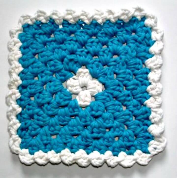 Free Crochet Curled T-Yarn Trivet Hot-Pad Pattern