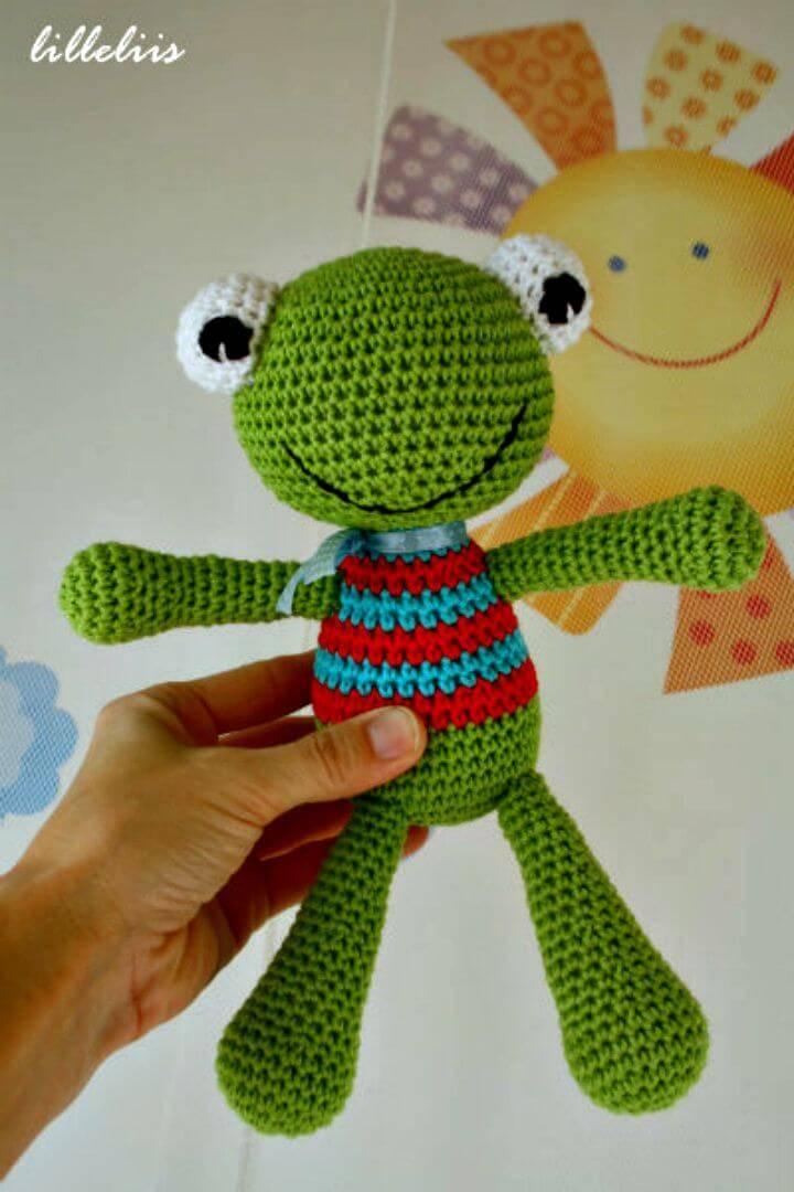 Crochet Felix The Frog Amigurumi - Free Pattern