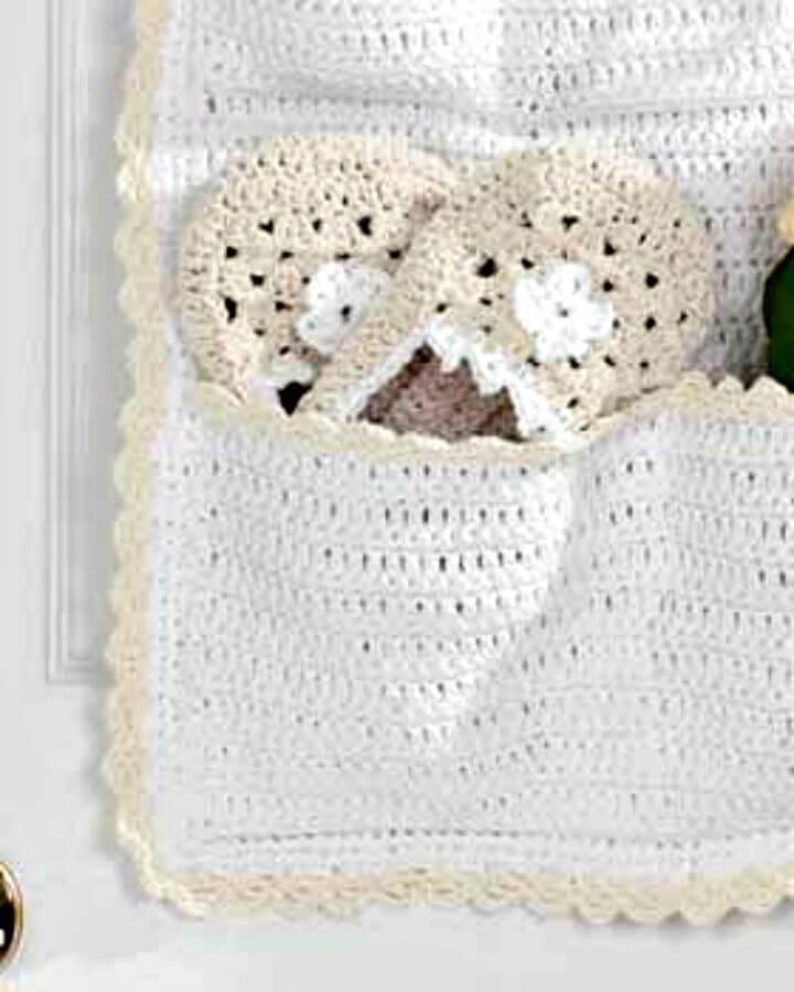 Easy Crochet Flower Slippers - Free Pattern