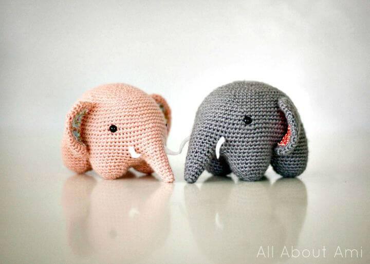 Free Crochet Friendly Elephant Amigurumi Pattern