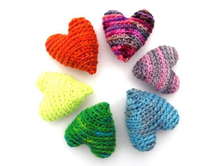 Crochet Gorgeous Hearts - Free Pattern