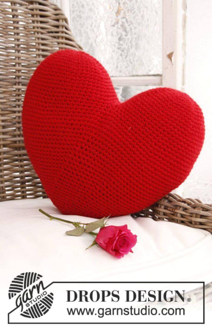 "Crochet Heart In ""Eskimo"".Free Pattern"