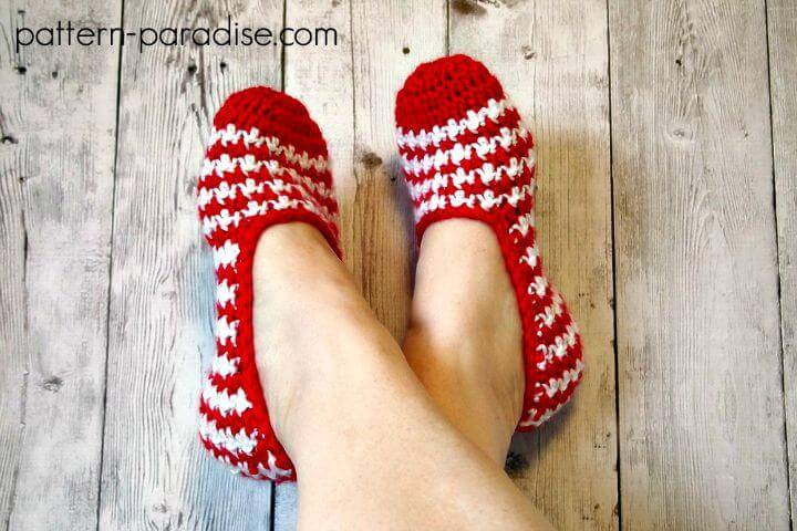 793dfb6d3231a Crochet Slippers Pattern- 62 Free Crochet Patterns - DIY Crafts
