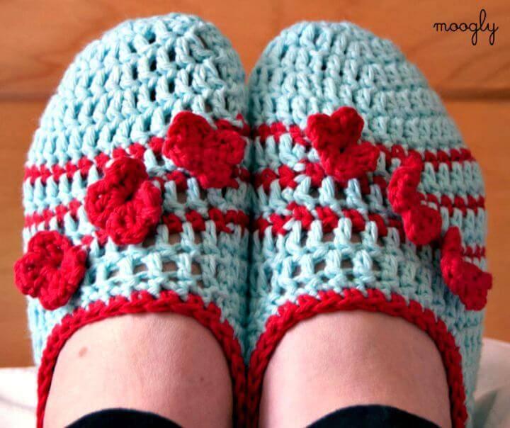 Easy Free Crochet Pozy Toes Slippers Pattern