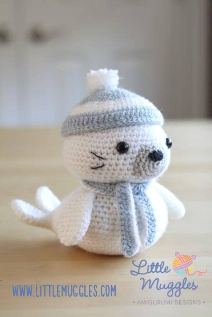 Crochet Sammy The Seal - Free Amigurumi Pattern