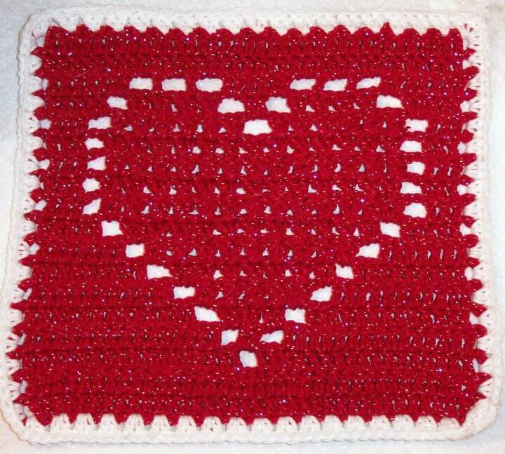 Free Crochet Valentine Smooth Fox's Heart Square Pattern