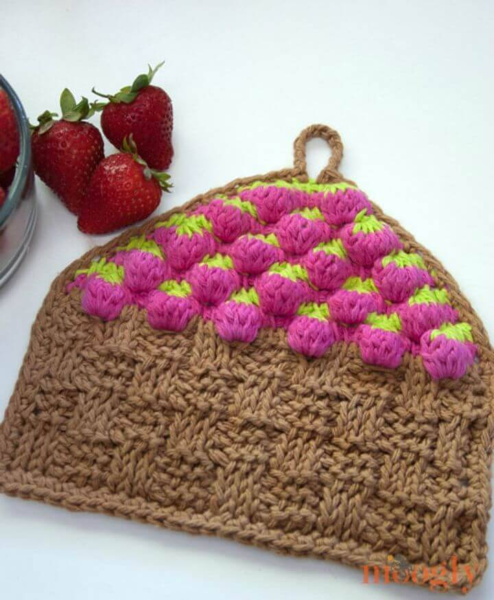 Crochet Strawberry Basket Tunisian Dishcloth - Free Pattern