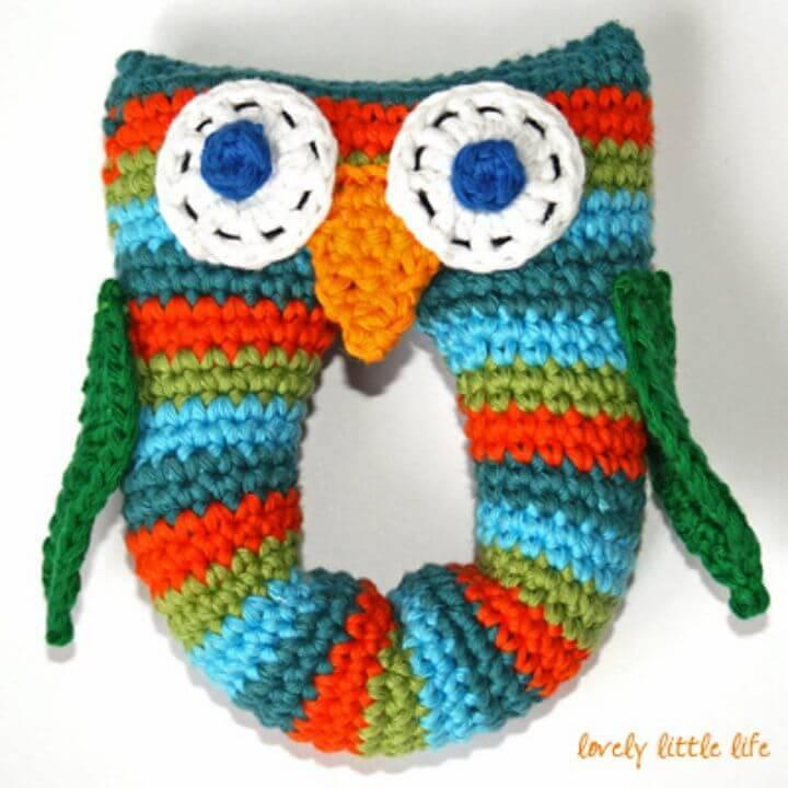 Free Crochet Stripey Owl Baby Rattle Pattern