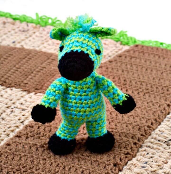 Free Crochet Zippy Zebra - Free Pattern