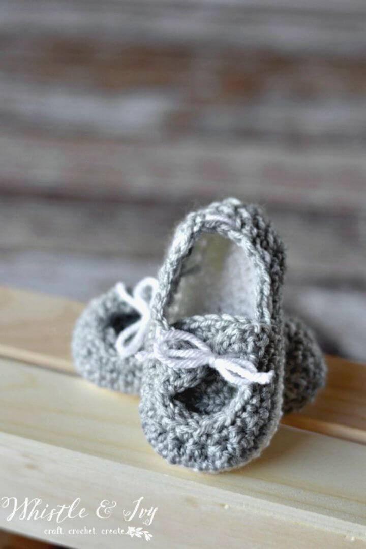 Free Crochet Baby Boat Booties Pattern