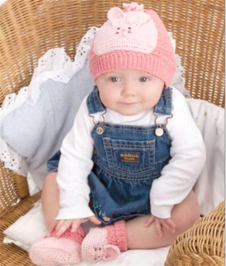 Free Crochet Bunny Hat & Booties Pattern