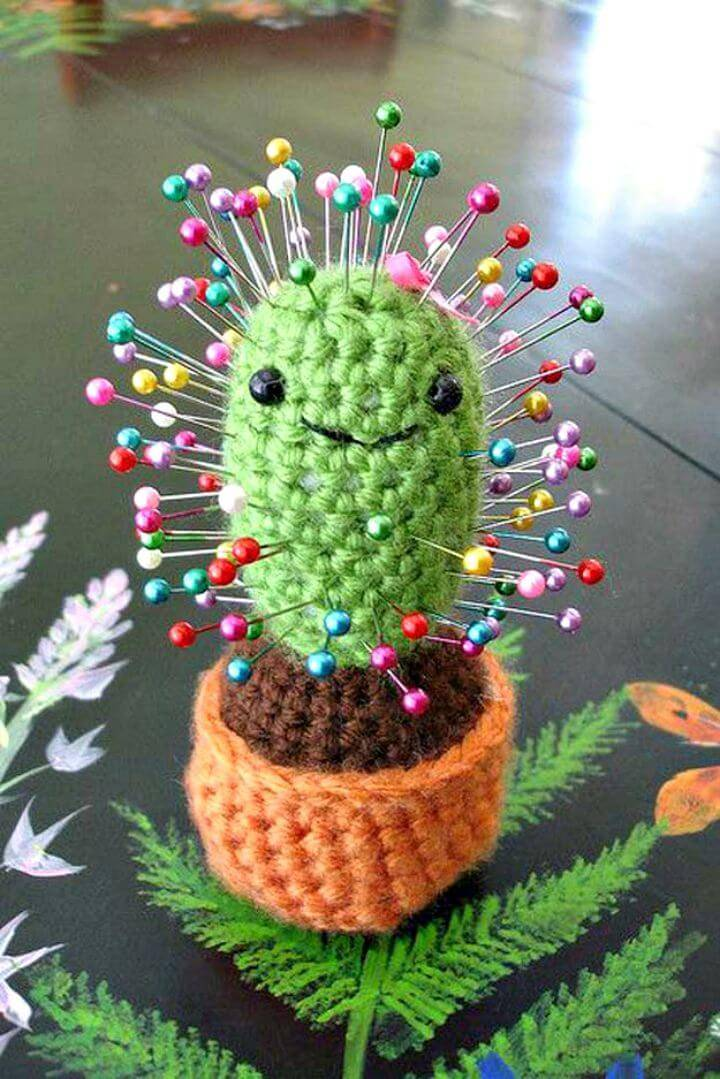 Free Crochet Cactus Pincushion Pattern