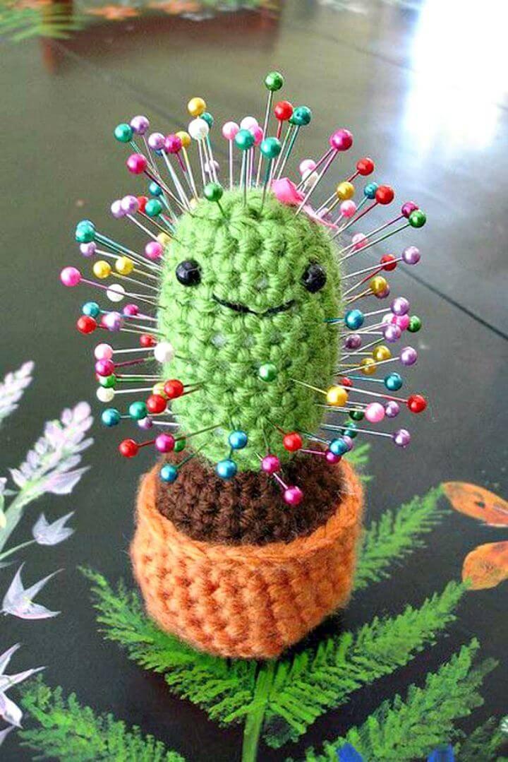 Free Crochet Cactus Pincushion Pattern