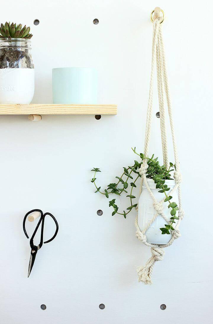 Easy DIY Mason Jar Macrame Plant Hanger