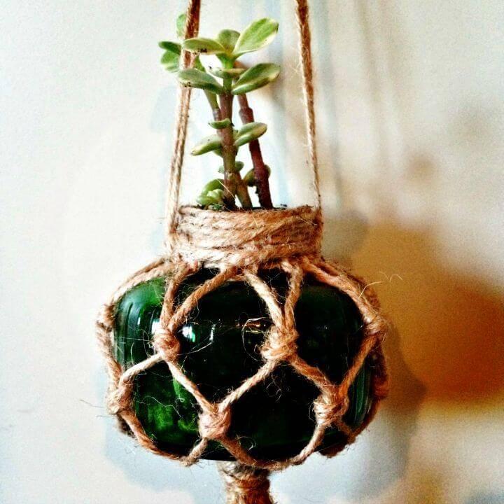 DIY Macrame Plant Hanger With Simple Flower