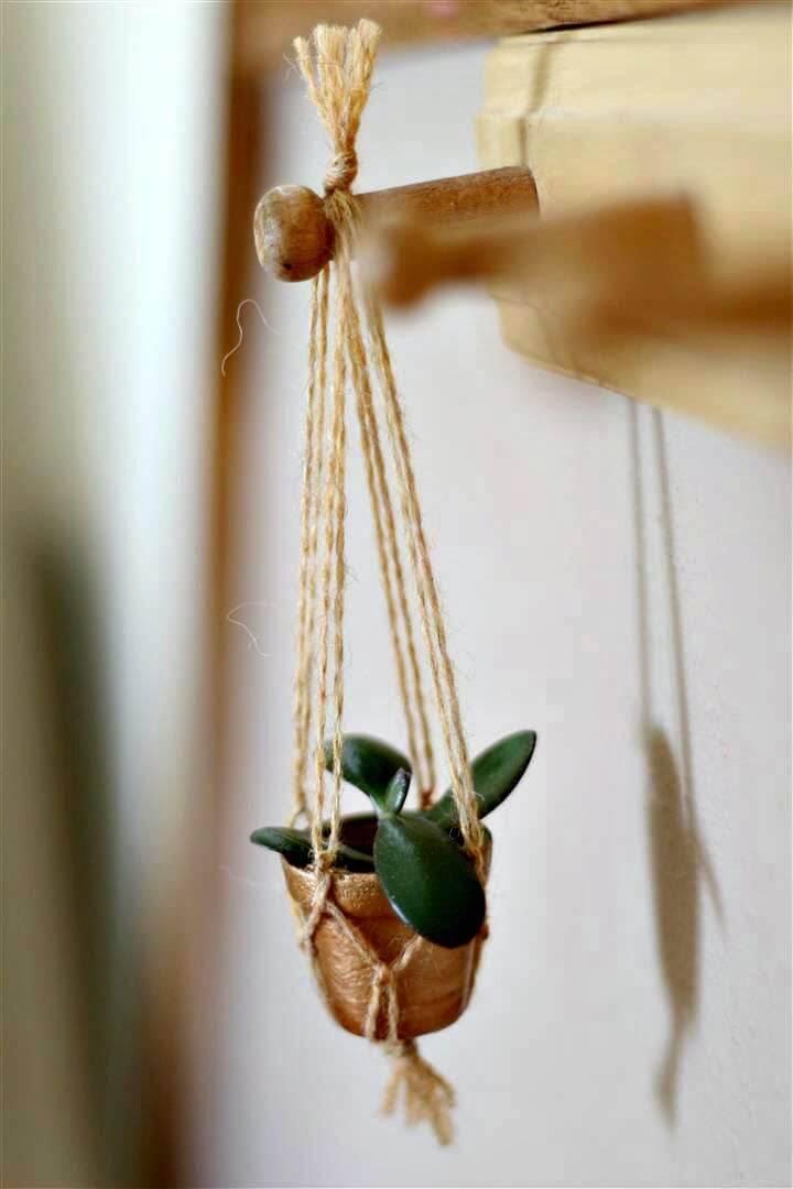 How To Make A Tiny Macrame Plant Hanger - Full Tutorial