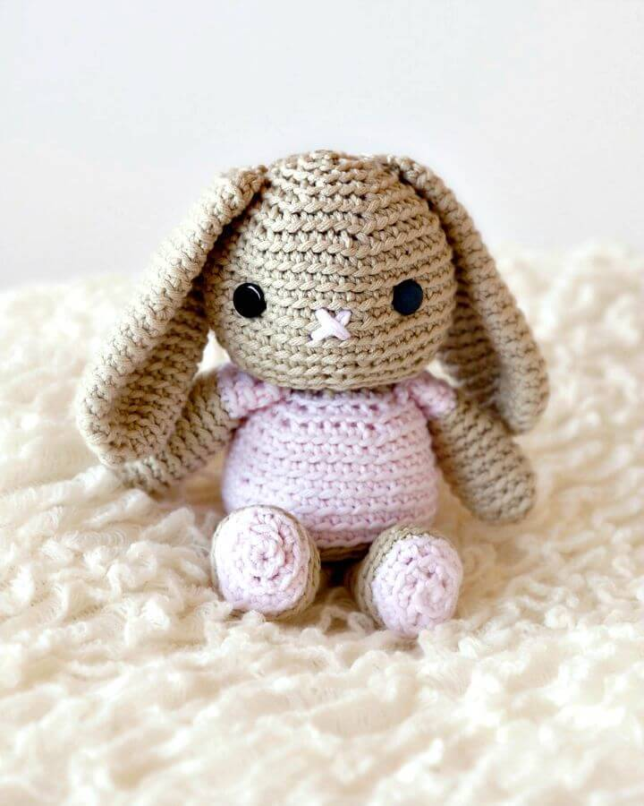 How To Crochet Bunny - Free Pattern!