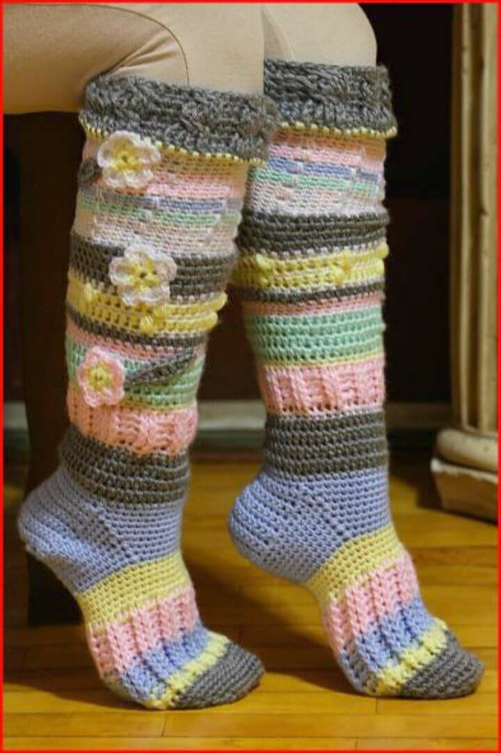 Easy Free Crochet Knee-High Socks Pattern