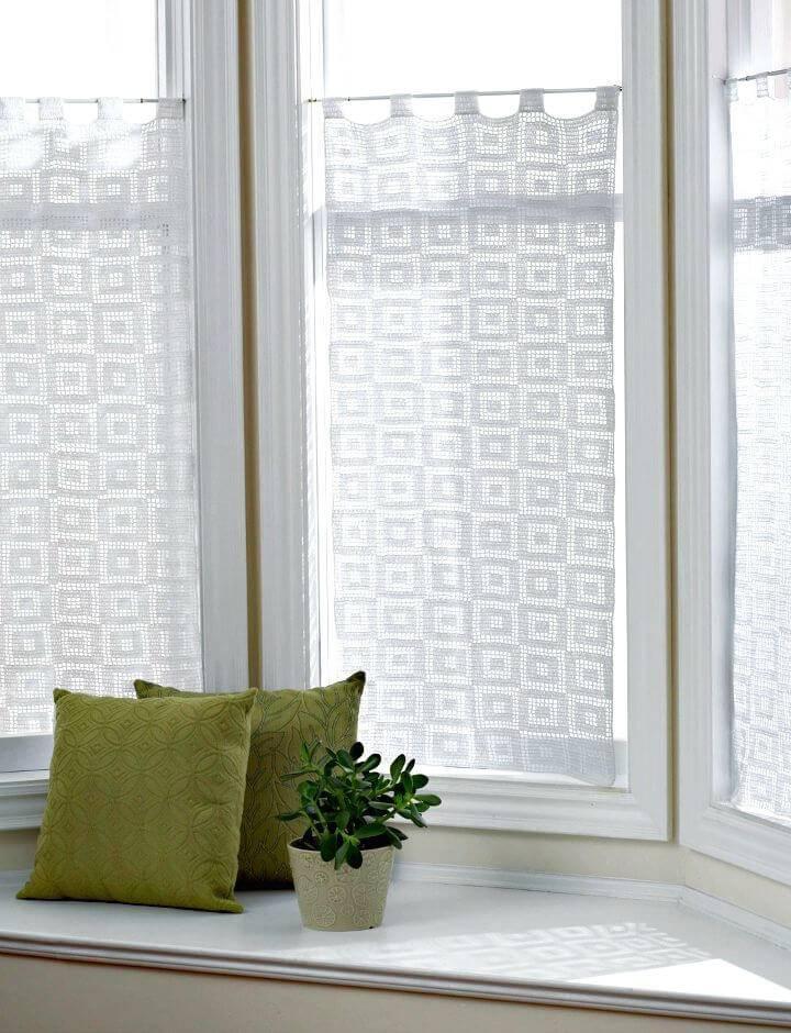 How To Free Crochet Blocks-In-Blocks Curtains Pattern