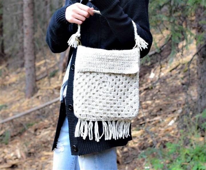 Free Crochet Boho Fringe Granny Square Purse Pattern