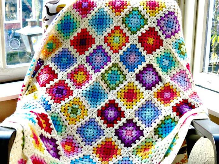 How To Free Crochet Colorful Rainbow Granny Square Blanket Pattern