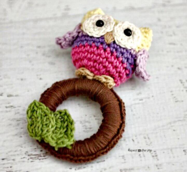 Free Crochet Owl Ring Baby Toy Pattern