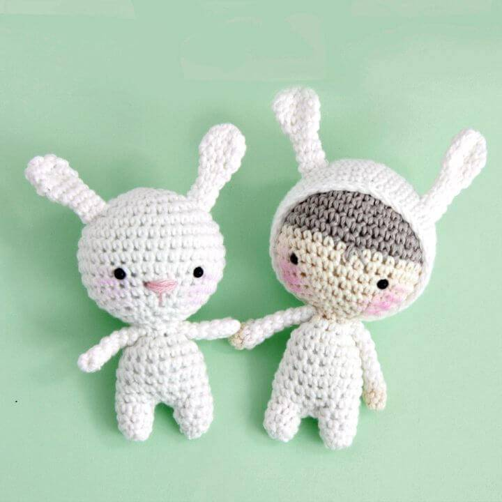 Get Ready For Bunny Season - Free Crochet Bunny Pattern