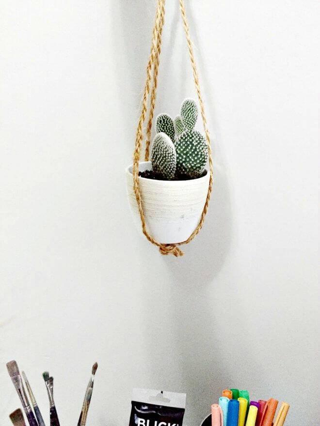 DIY Easy Succulent Plant Hanger