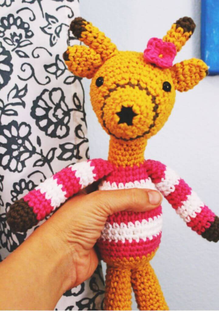 Unique Free Crochet Giraffe Pattern