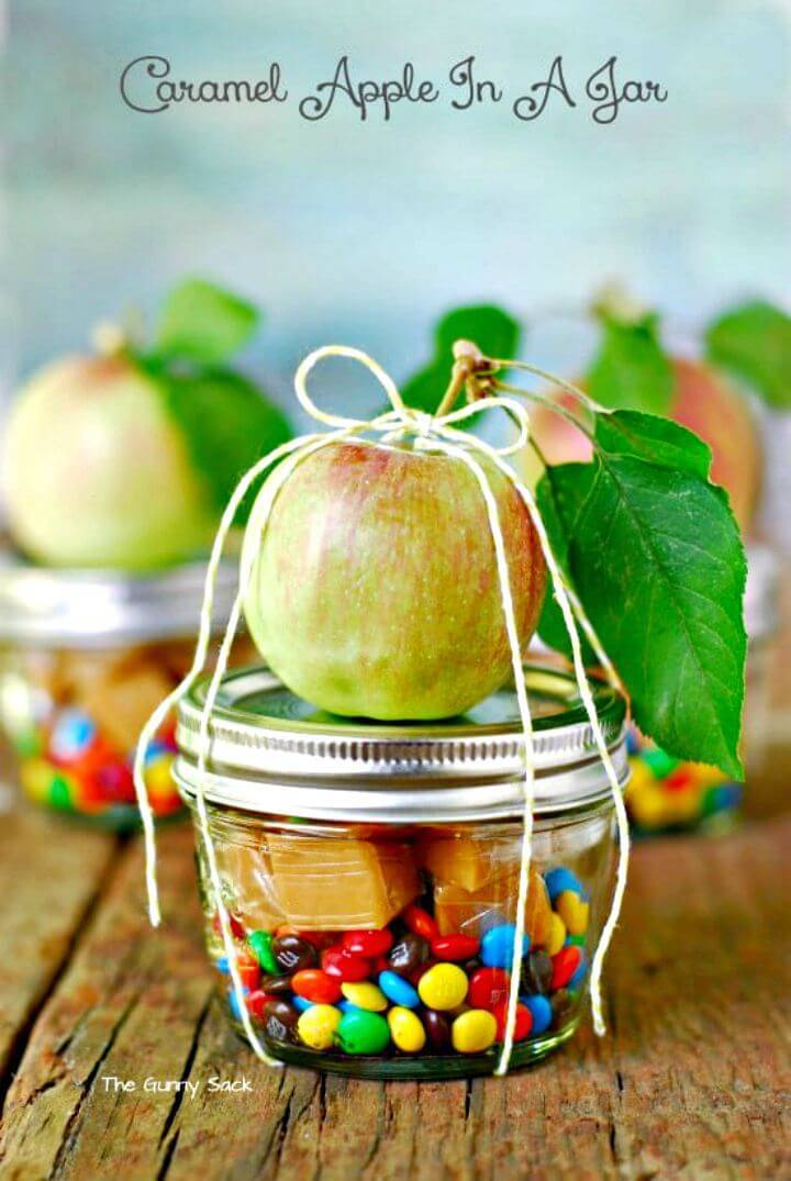 DIY Caramel Apple In A Jar Tutorial