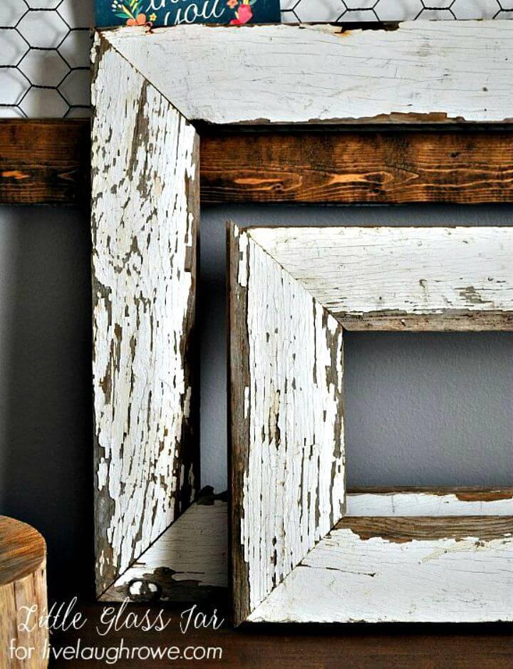 Easy DIY Farmhouse Frame Idea