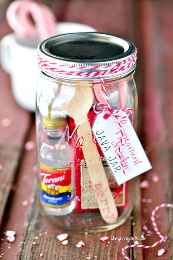 Easy DIY Peppermint Mocha Java Jar