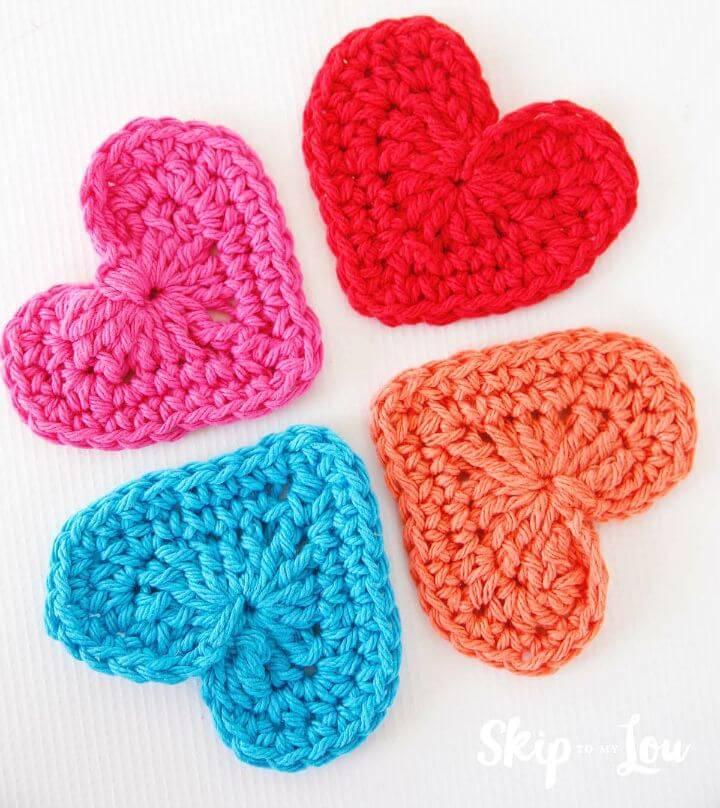 Easy Free Crochet Heart Garland Pattern