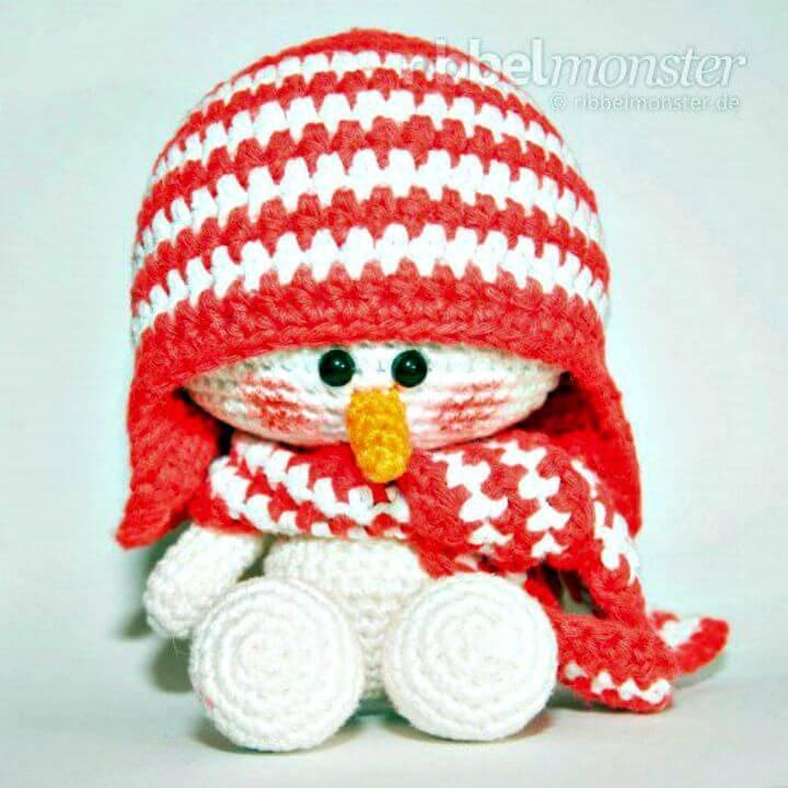 Free Crochet Amigurumi Snowman Pattern