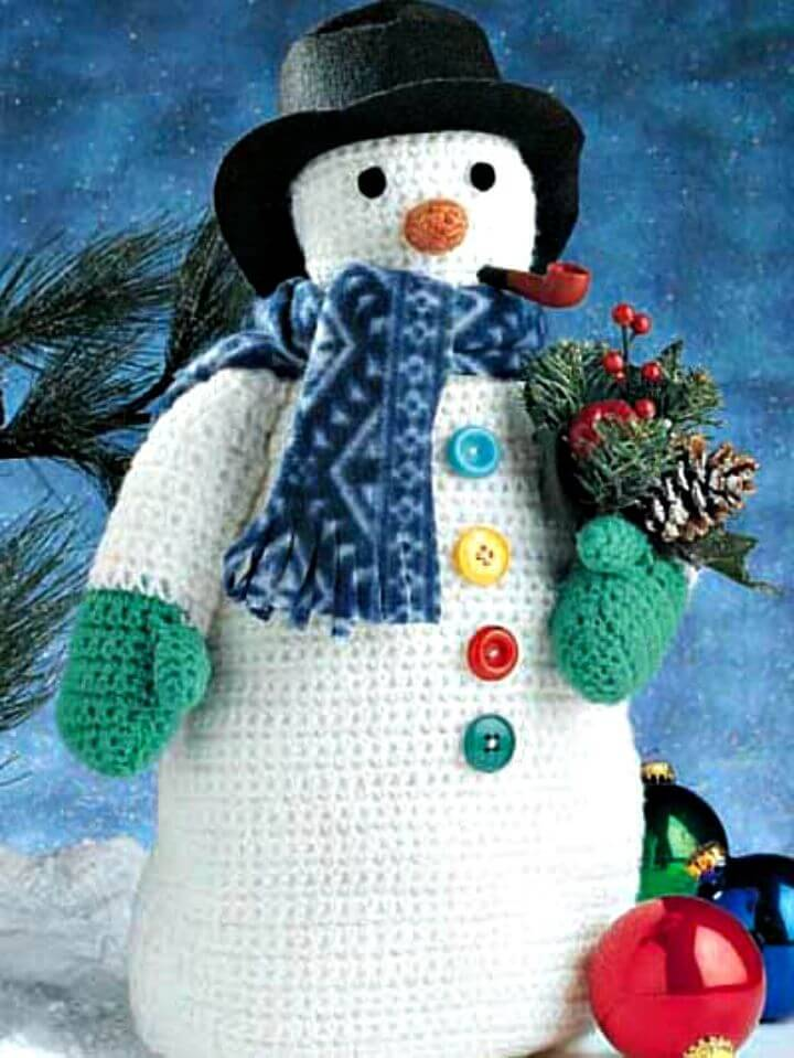 Free Crochet Frosty the Snowman Pattern