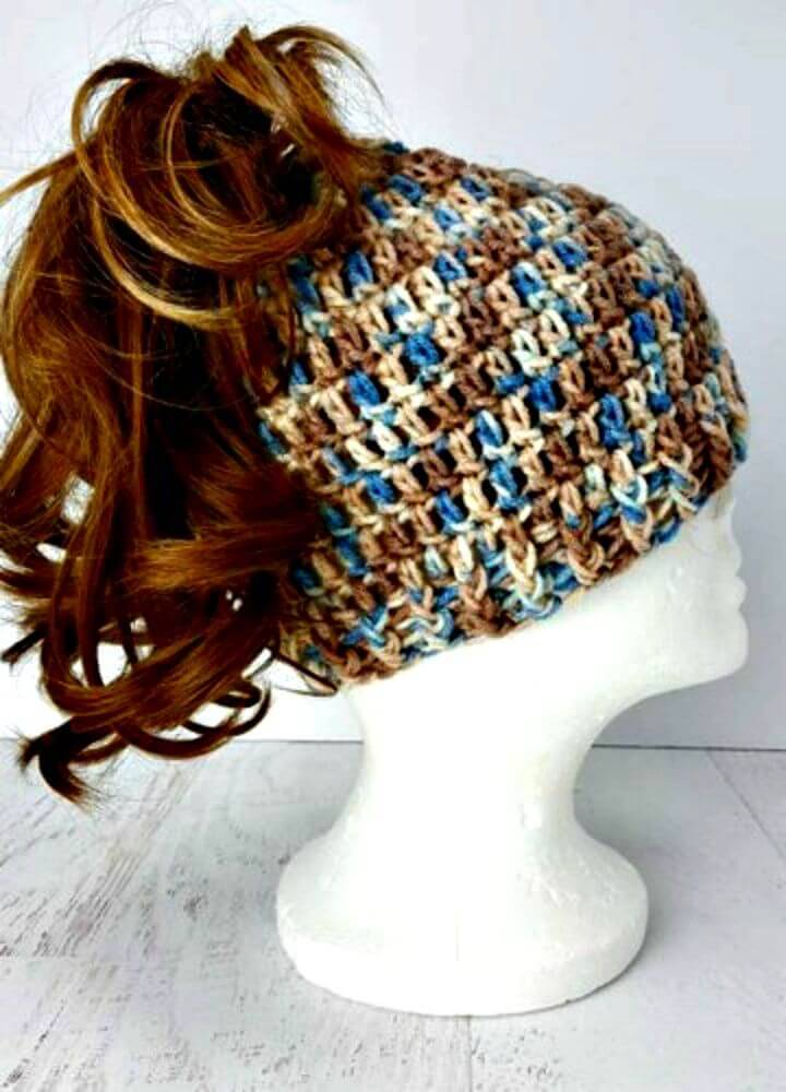 Easy To Crochet Messy Bun hat - Fun and Easy!