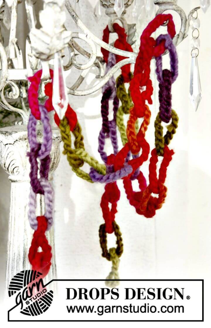 Free Crochet Beautiful Garland Pattern