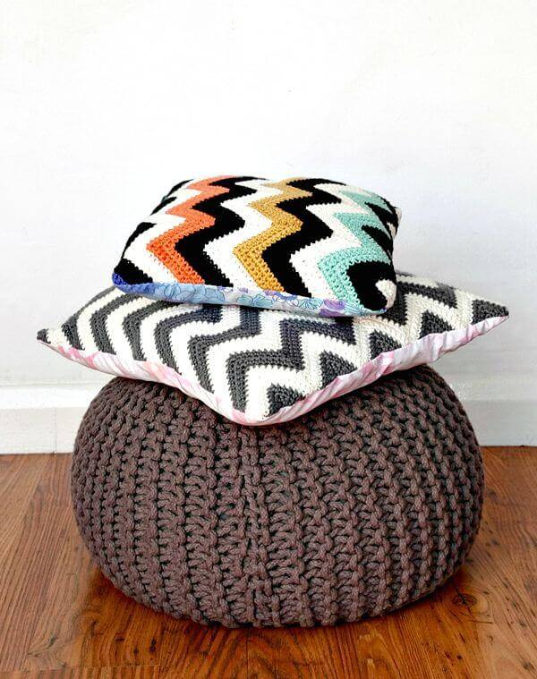 How To Free Crochet Chevron Cushions Pattern