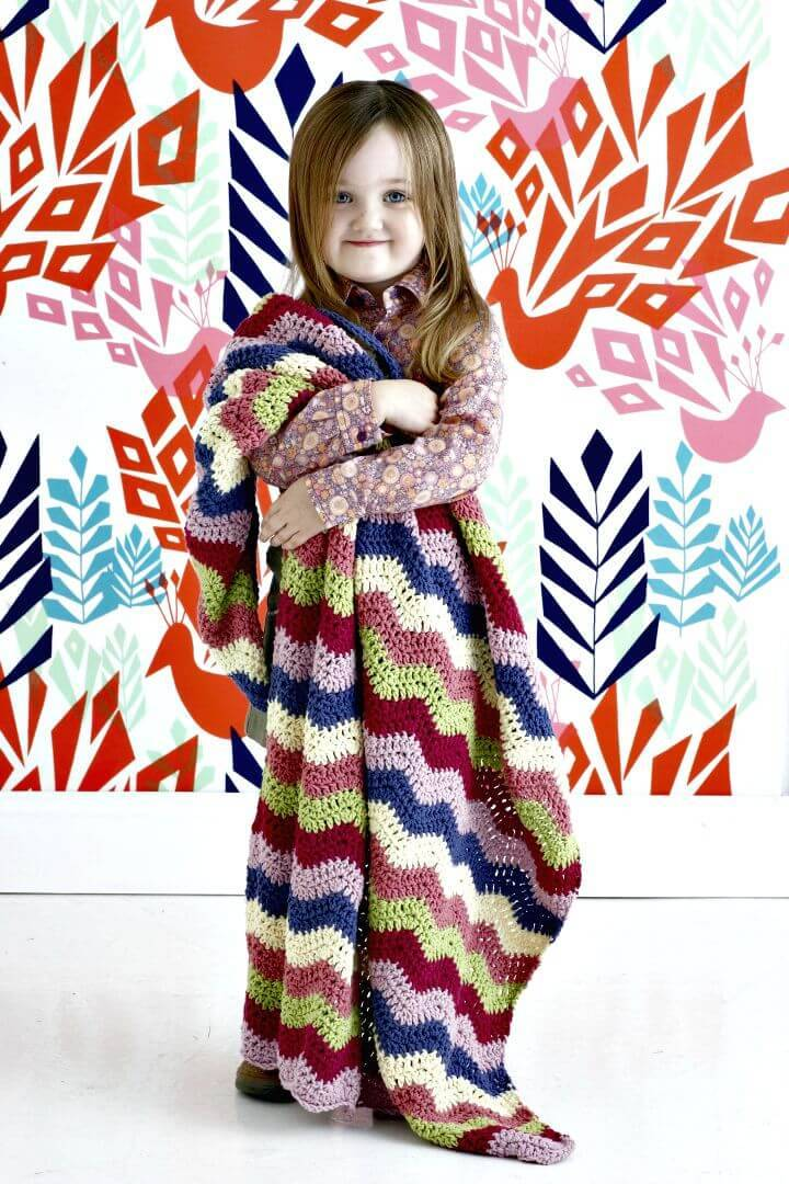 How To Free Crochet Child's Chevron Throw Pattern