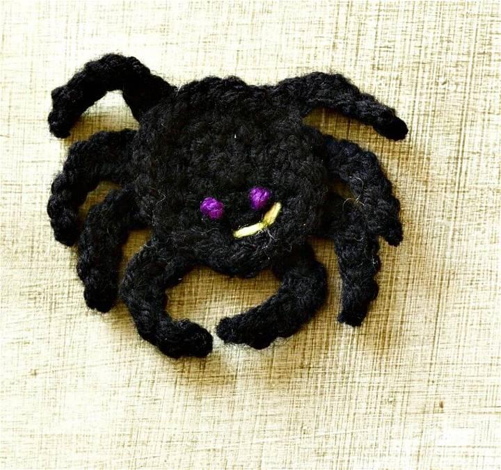 Crochet Halloween Spider Magnet - Free Pattern