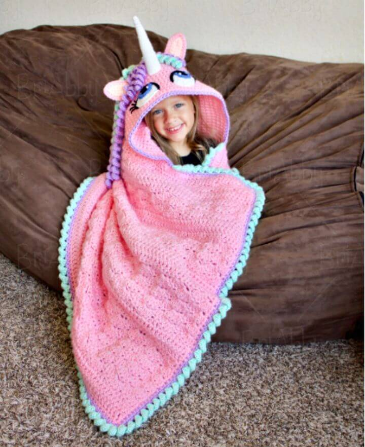 Free Crochet Hooded Unicorn Blanket Pattern