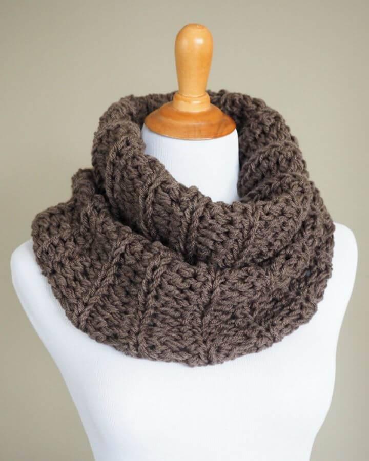 Free Crochet Outlander Cowl Pattern