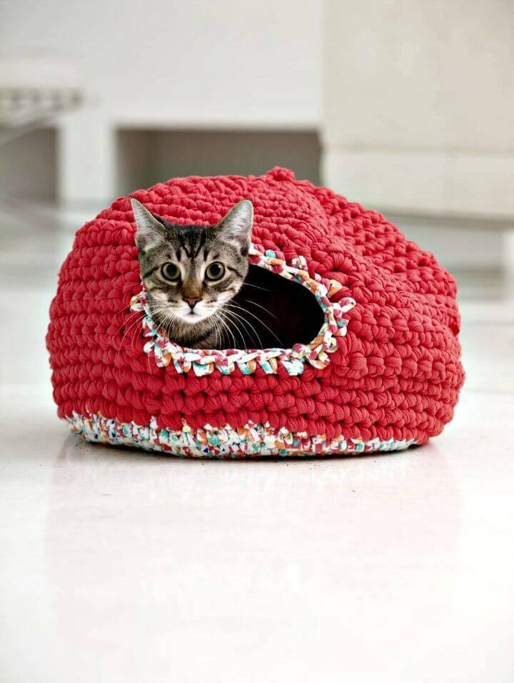 How To Free Crochet Psy And Thai's Kitty Cozy Pattern