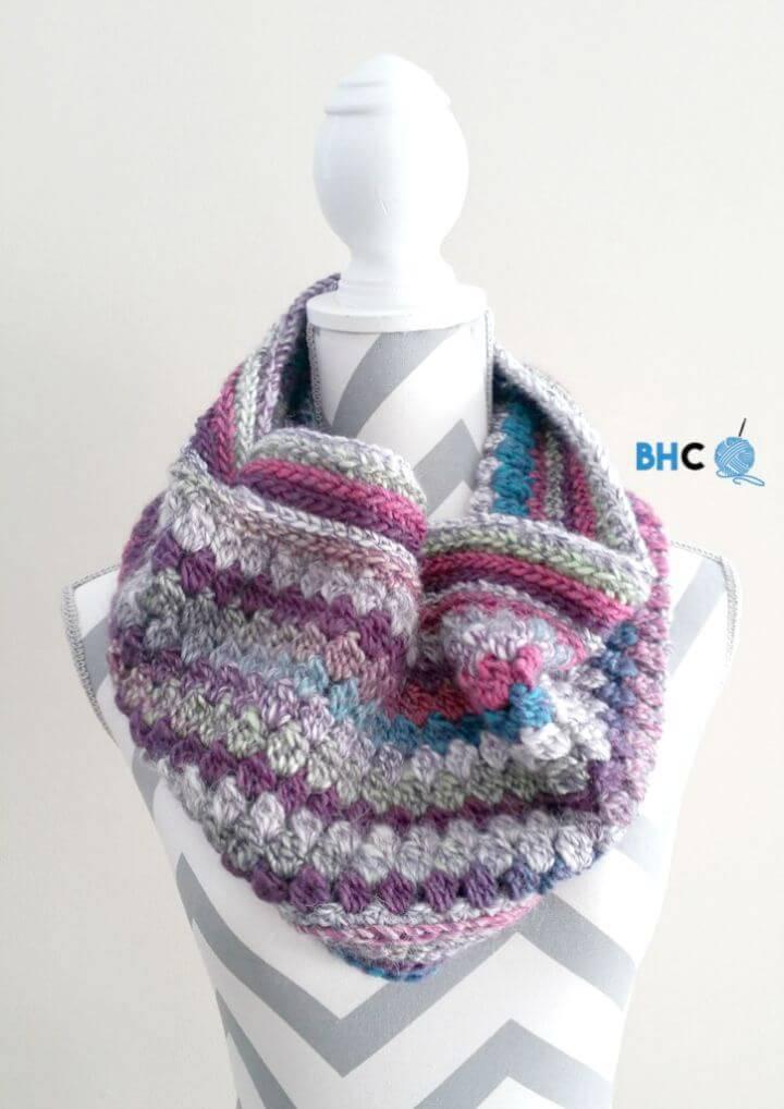Free Crochet Skyscraper Cowl Pattern