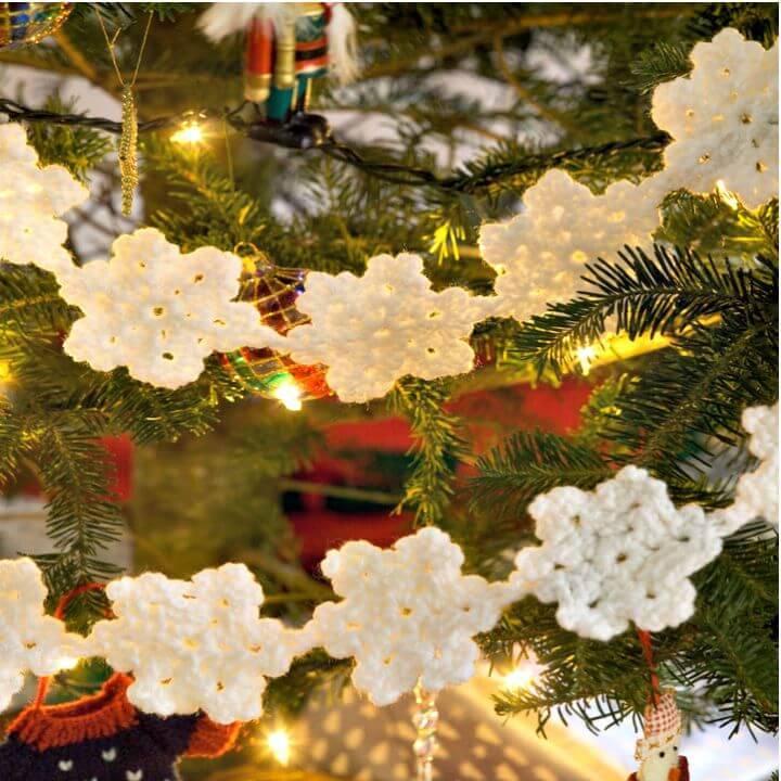 Free Crochet Snowflake Garland Pattern