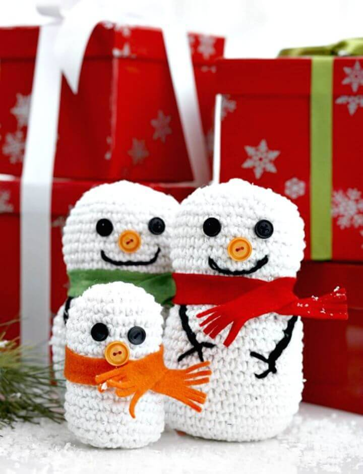 Easy Free Crochet Snowman Family Pattern
