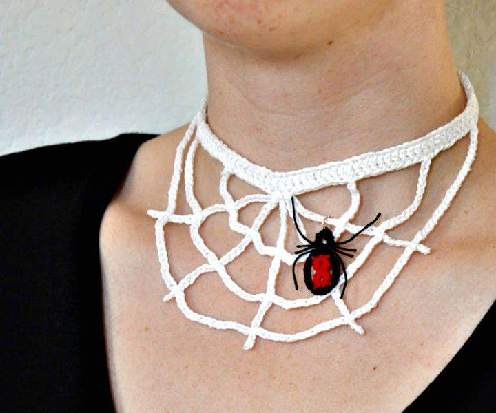 Easy Free Crochet Spider Web Necklace Pattern