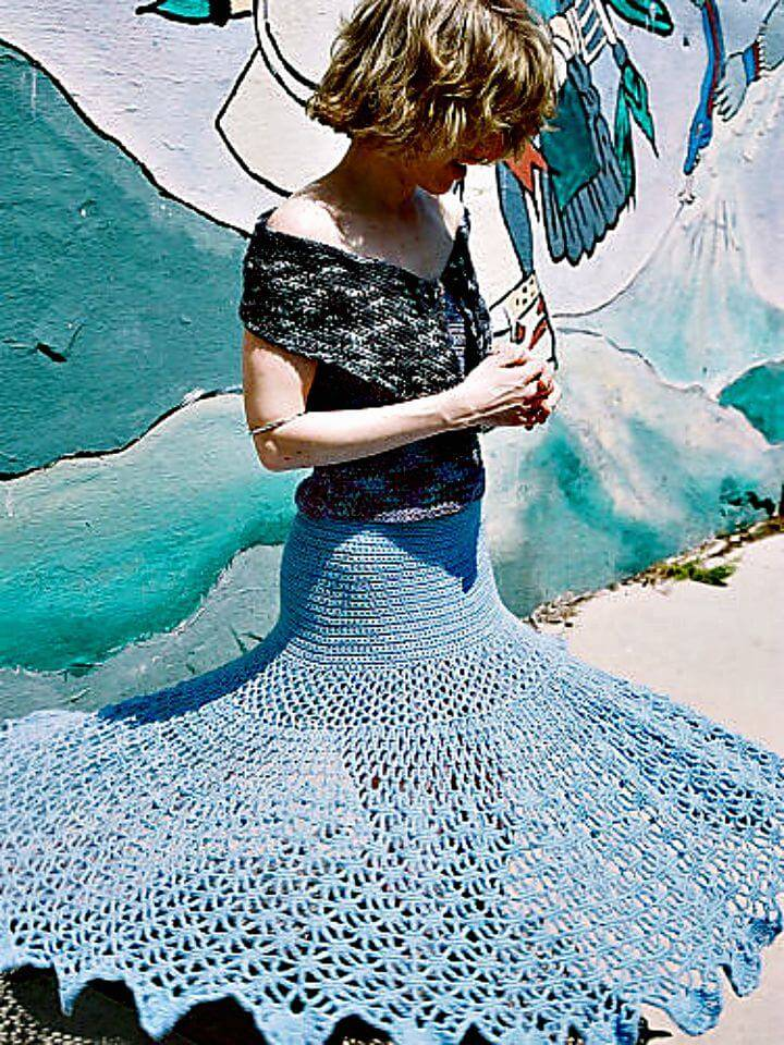 Easy Free Crochet Spiderweb Skirt Pattern