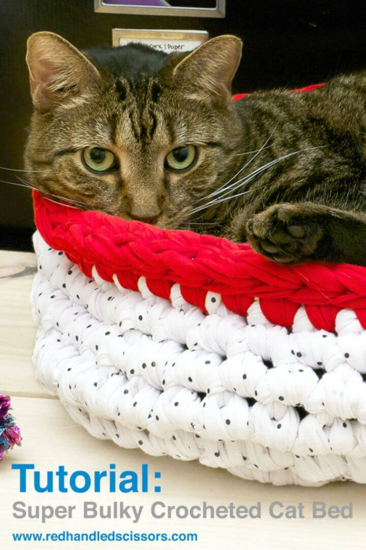 Super Free Crochet Bulky Cat Bed Pattern