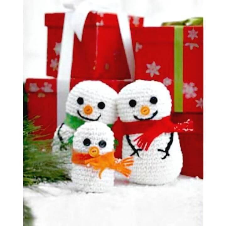 Free Crochet Snowman Family Pattern